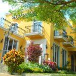 [南投美食] 米克諾斯Mykonos花園餐廳~ 黃色歐風建築好醒目,下午茶好去處